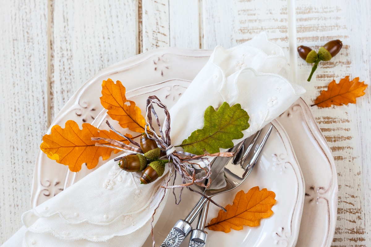 Beautiful Thanksgiving Table Décor Made Easy